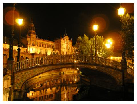 sevilla-plaza-espana-puente